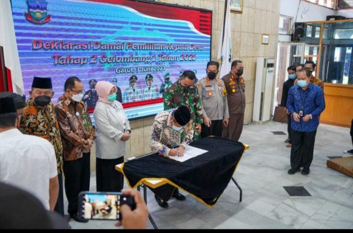 Ket Poto : Pelaksanaan Deklarasi Pilkades Damai dan Doa Bersama pelaksanaan Pilkades serentak Tahun 2021 (Dok-Red)